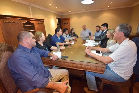 Comissão de Desenvolvimento fala sobre guias de turismo